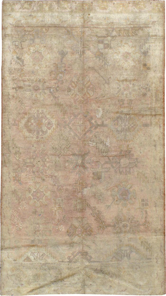 Antique Turkish Oushak Rug, No.13164 - Galerie Shabab