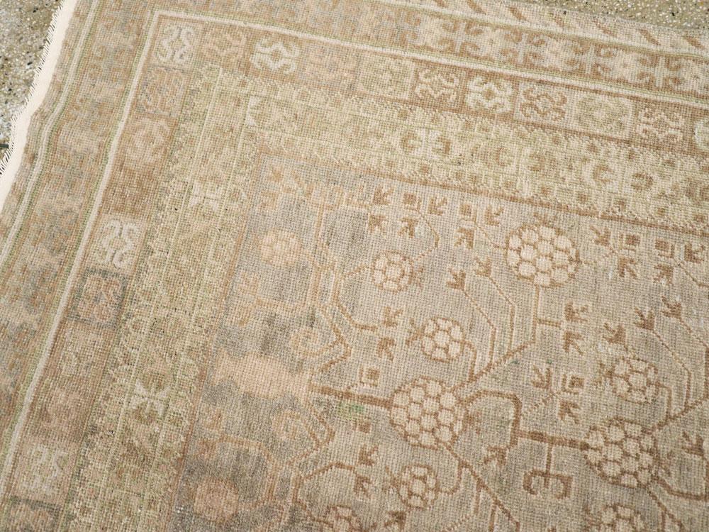Vintage East Turkestan Khotan Carpet, No.16484 - Galerie Shabab
