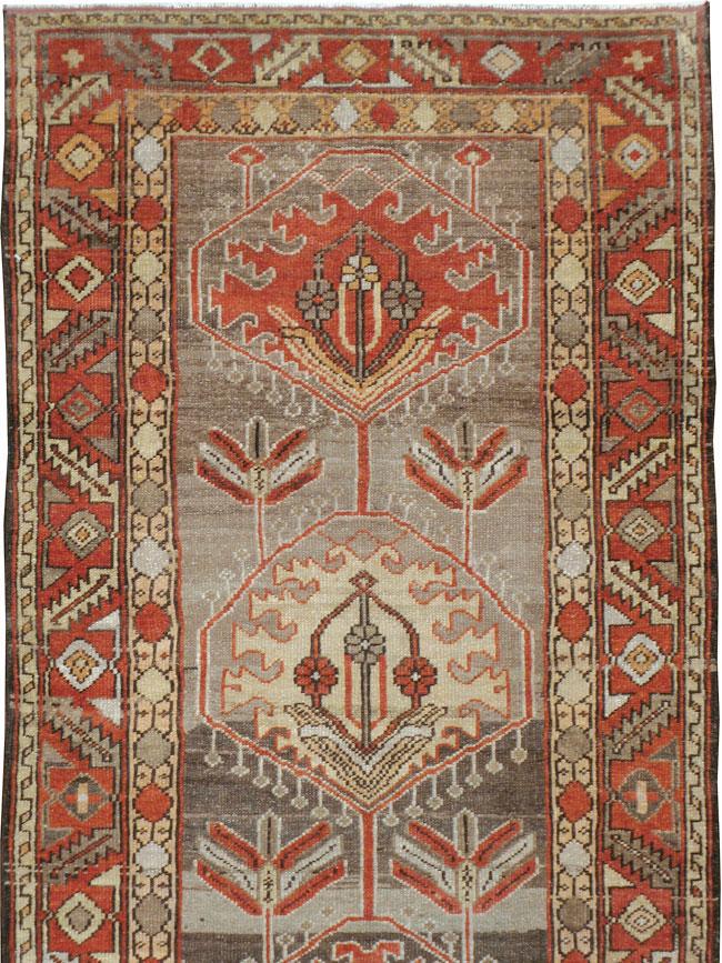 Antique Persian Heriz Runner, No.22467 - Galerie Shabab