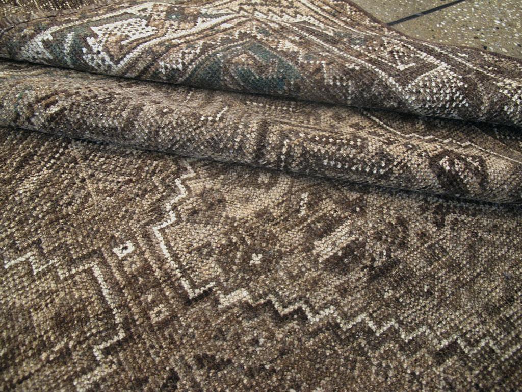 Vintage Shiraz Square Rug, No.23325 - Galerie Shabab