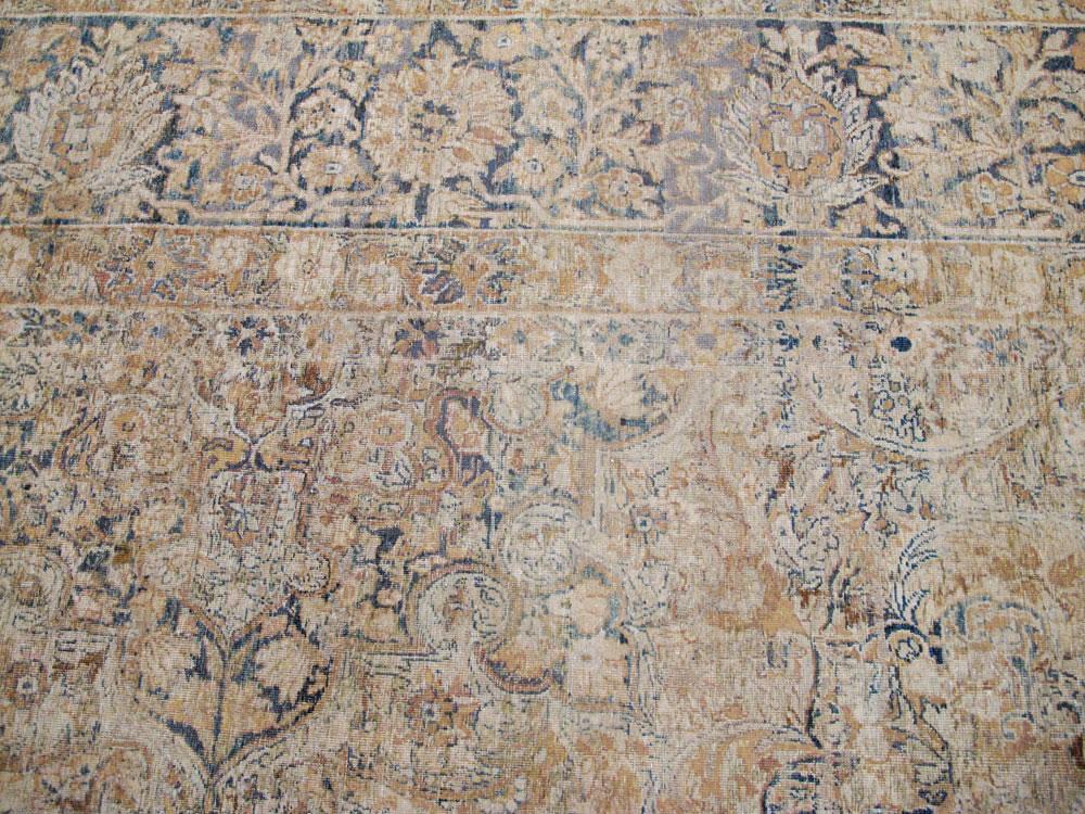 Antique Persian Lavar Kerman Carpet, No.23704 - Galerie Shabab