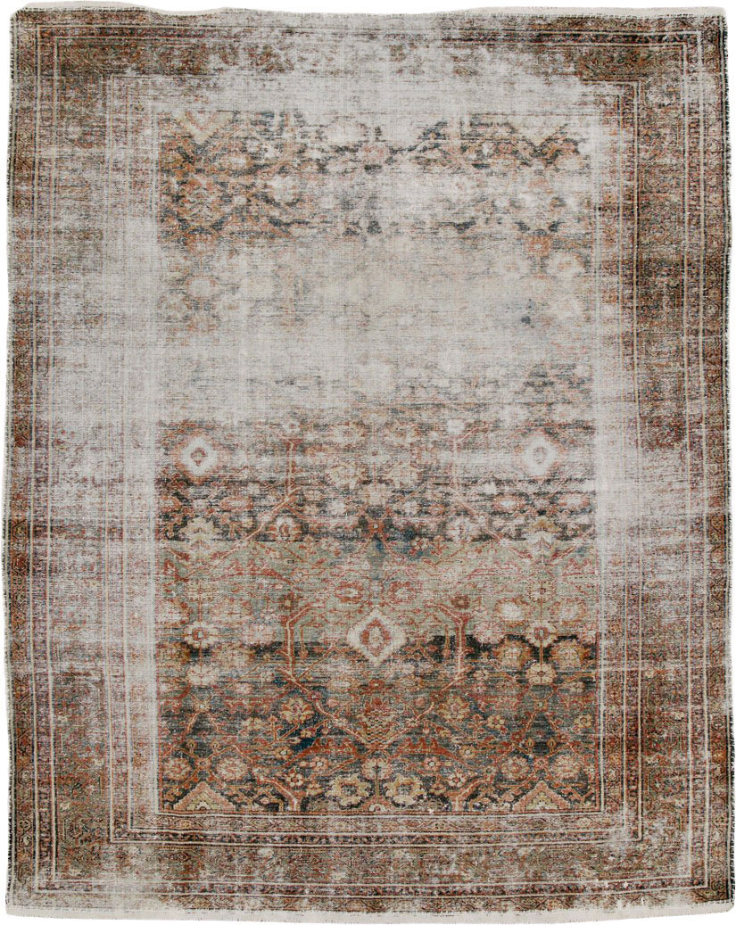 Antique Persian Malayer Distressed Carpet, No.24791 - Galerie Shabab