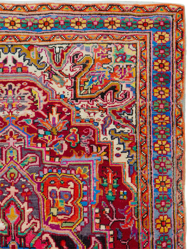 Vintage Persian Heriz Rug, No.25376 - Galerie Shabab