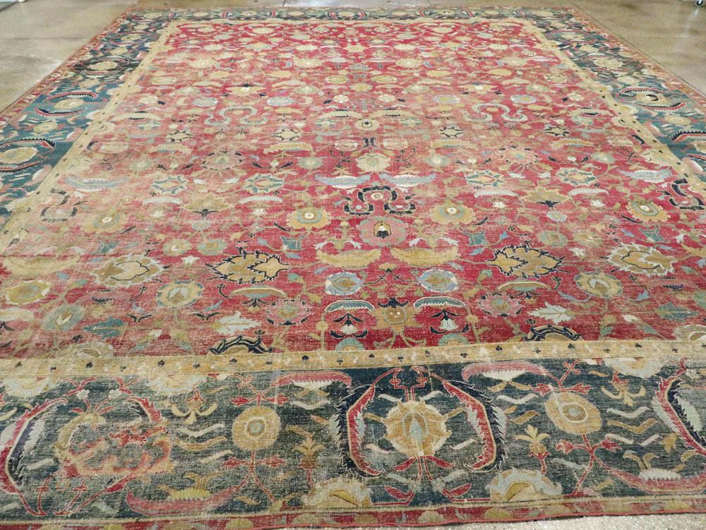 Antique Persian Isfahan Carpet, No.26527 - Galerie Shabab
