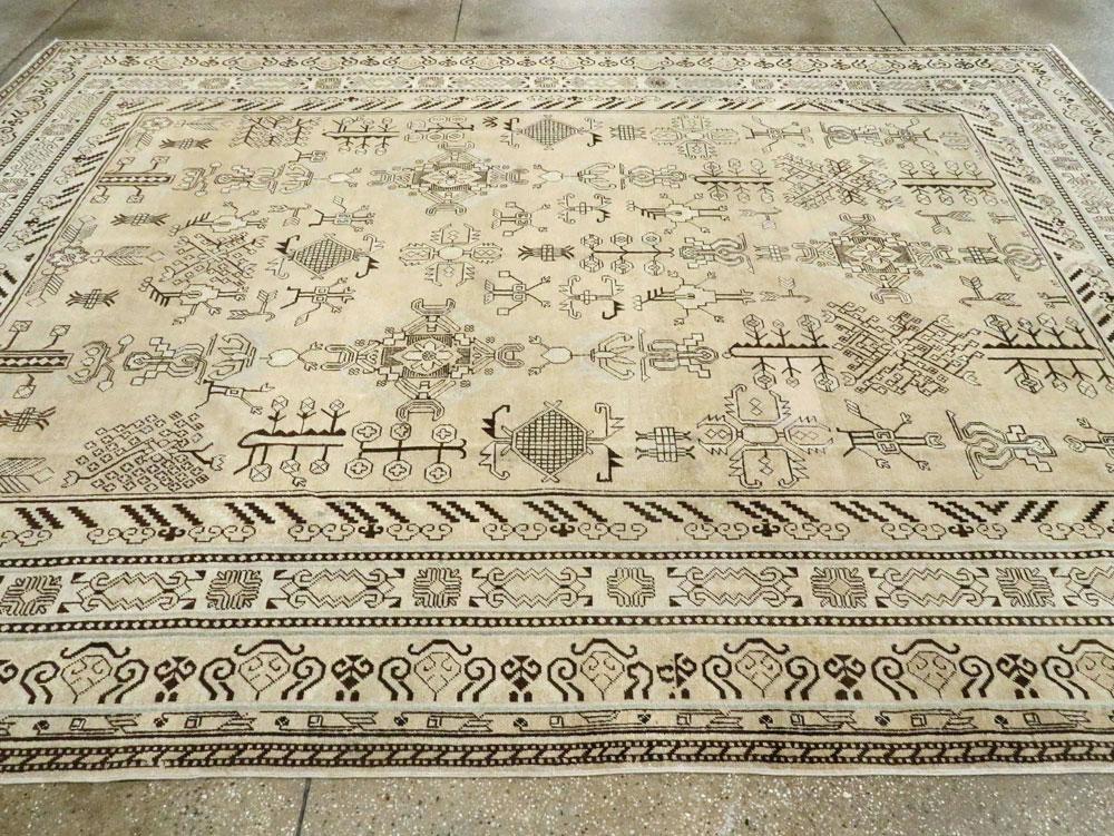 Antique East Turkestan Khotan Room Size Carpet, No.27303 - Galerie Shabab