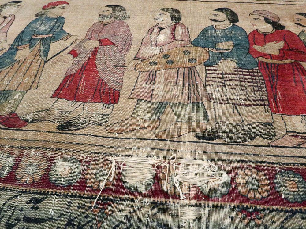 Antique Persian Lavar Kerman Pictorial Accent Carpet, No.27776 - Galerie Shabab