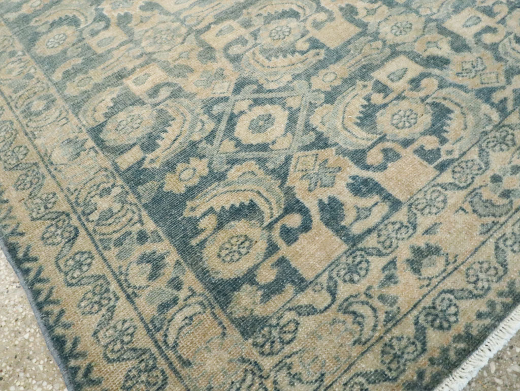 Vintage Persian Malayer Gallery Rug, No.28810 - Galerie Shabab