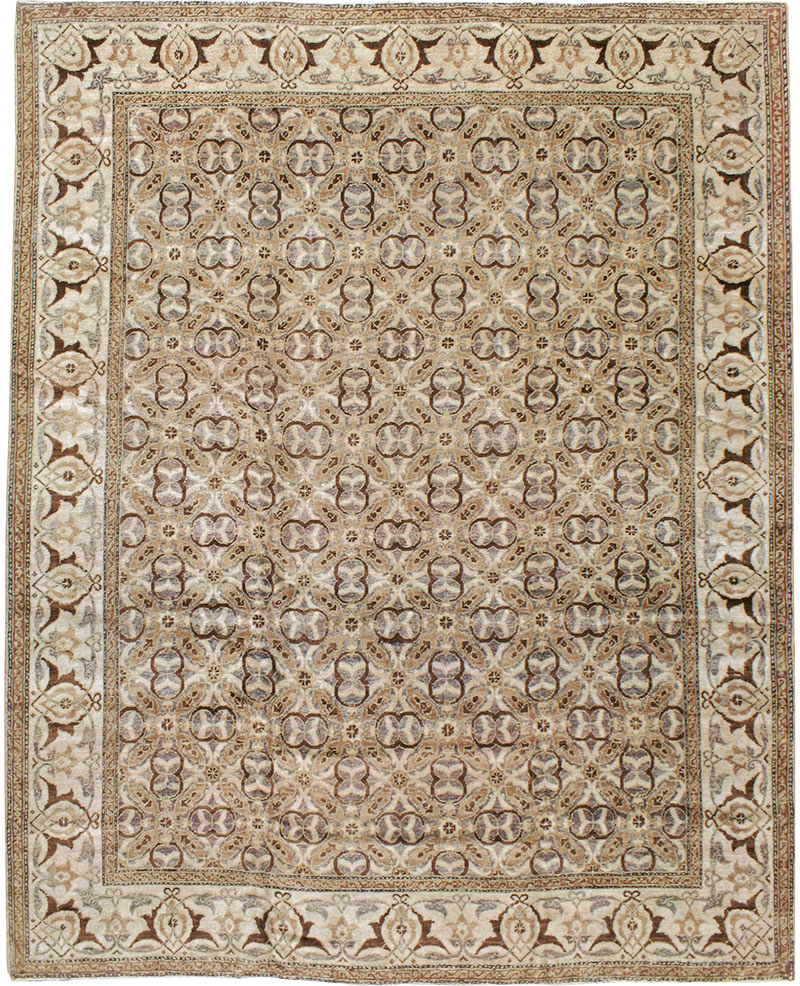 Antique Lahore Carpet No 8258