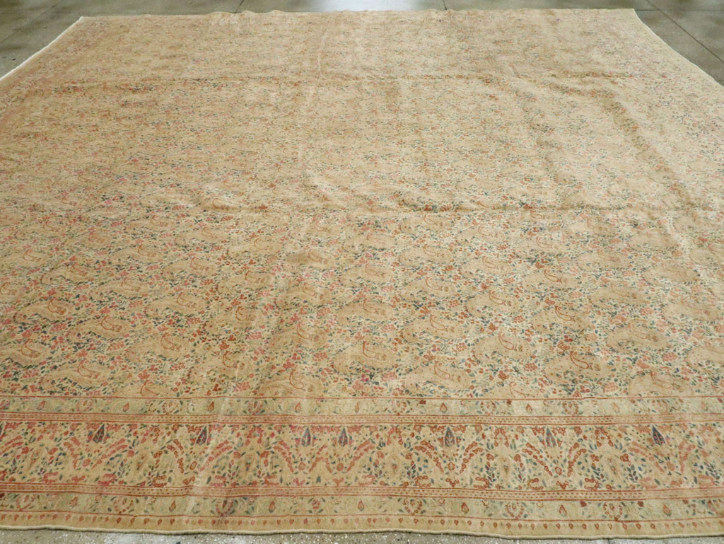Antique Persian Kerman Square Carpet, No.9939 - Galerie Shabab