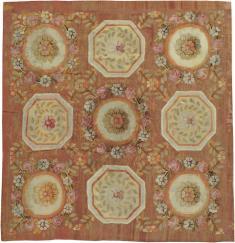 Antique Aubusson Square Carpet, No. 11516 - Galerie Shabab