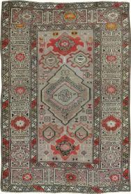 Antique Kazak Rug, No. 14297 - Galerie Shabab