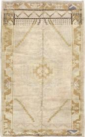Antique Oushak Rug, No. 18314 - Galerie Shabab