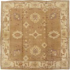 Antique Oushak Carpet, No. 18896 - Galerie Shabab
