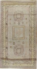Antique Khotan Gallery Carpet, No. 19204 - Galerie Shabab