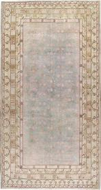 Antique Khotan Gallery Carpet, No. 20262 - Galerie Shabab