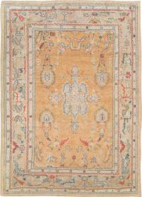 Distressed Antique Oushak Rug, No. 21915 - Galerie Shabab
