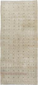 Distressed Vintage Anatolian Rug, No. 21928 - Galerie Shabab