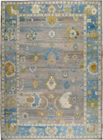 An Oushak Carpet, No. 24858 - Galerie Shabab