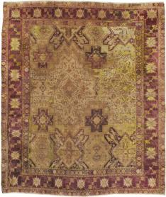 An Agra Square Carpet, No. 8526 - Galerie Shabab
