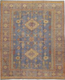 An Oushak Square Carpet, No. 8527 - Galerie Shabab