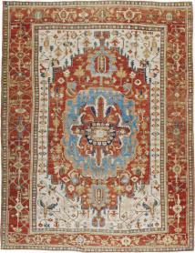 A Heriz Carpet, No. 8639 - Galerie Shabab