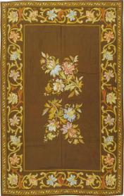 A Needlepoint Carpet, No. 8879 - Galerie Shabab